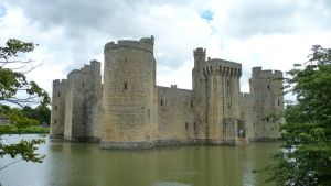 Bodiam Castle II by aberlioness