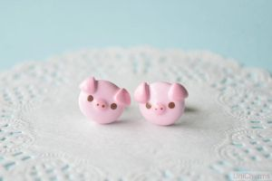 Pink Piggy Stud Earrings by Unicharms