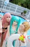 vocaloid2 swimsuit by BunnyTuan