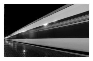 the train by JohnnyMarbelo
