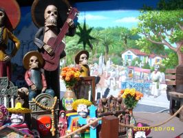 'Day of the Dead' far right by MuralsbyLeBold