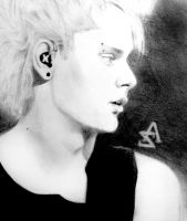 Michael Clifford by AikoSakurai