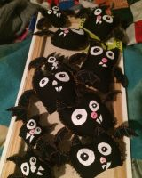 Crop of bat plushies by TinyTurds
