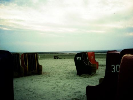 eastfrisian beach by S0Li0QUY