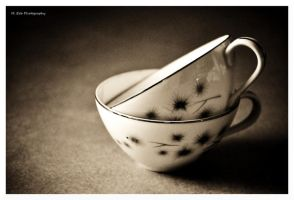 Tea Cups by erbphotography