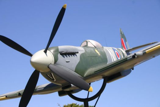 Spitfire by rf8voodoo