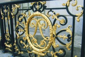 The Gates of Versailles by ShipperTrish