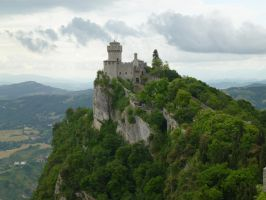 San Marino, Castle. by photodash