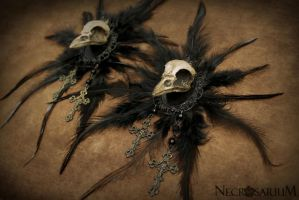 Decayed Crow Brooch by Necrosarium