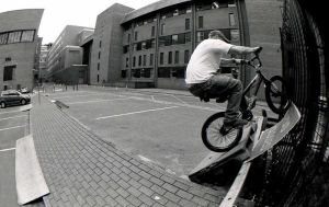 Fakie Tyre Tap by Tezamistic