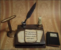 Edgar Allen Poe's Writing Desk by DFLY847