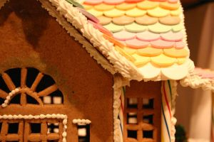 Gingerbread House by ostriches