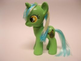 MLPFiM:  Custom Lyra Brushable by Xhananh