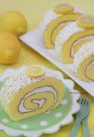 Delicious and Refreshing Lemon Cake Roll by theresahelmer