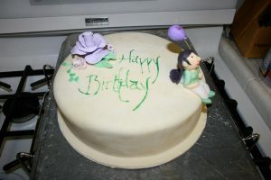 My first cake by FaerieCarousel