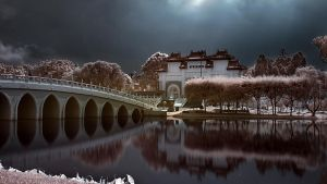 iNfraRed - Chinese Gardens 2 by shin-ex