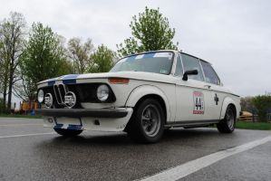 BMW 2002 by RedlineGearhead