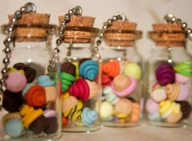 Cupcakes and Jars ii by mariloufrancisco