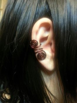 Hammered Copper Swirl Earcuff by TheWingedBoggart