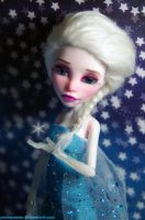 Elsa - Frozen inspired Monster High repaint by PixiePaints
