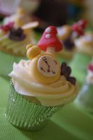 Alice in Wonderland CupCake by mudpiecakes