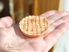 Apple pie by OrionaJewelry