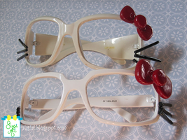 Hello Kitty Glasses2 by SugiAi