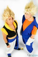 Gogeta and Vegito Cosplays by Oniakako