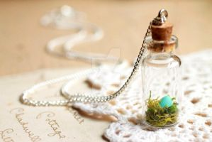 Tiny robins nest with egg, glass bottle pendant by LittleRubyRobin
