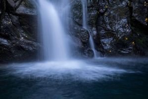 Cold Falls DT26220-2 by detphoto
