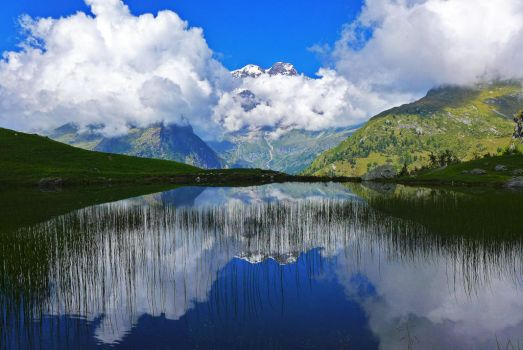 Clouds reflection by Alessandro-Ole