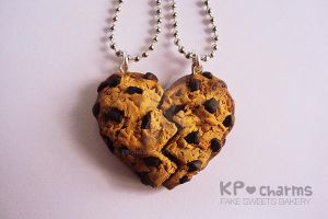 chocochip heart by KPcharms