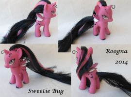 Sweetie Bug by Roogna