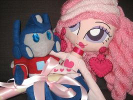 Optimus + Venus by fyre-flye