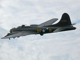 B17 Sywell by davepphotographer