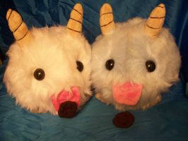 Poro Plushies! by PollyRockets
