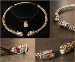 Tarbh Torc Set by Illahie