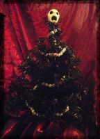 Littlest Gothic Christmas Tree by dischordiasnightmare