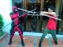 Deadpool VS Wade Wilson Cosplay by EnriqueNg