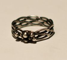 Braided Ring by MirielDesign