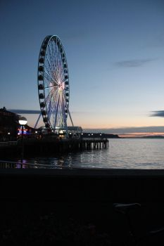 Ferris Wheel - Seattle by foundinthought