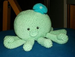 Octopus amigurumi by LadyMintLeaf