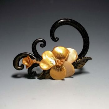 Gilded Pansy Plug by ClayGauged