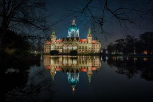 Hannover Rathaus I by wolfgangbuhr
