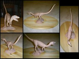 Compsognathus sculpture 2 by bronze-dragonrider