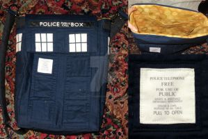 TARDIS Book Bag by thoughttrainderailed