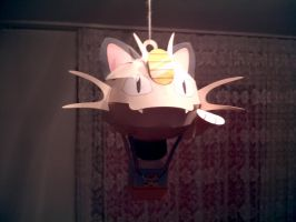 Papercraft Meowth Ballon by Xanokah