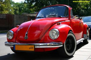 VW BEETLE CABRIOLET OLDTIMER by magicandbrother