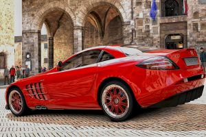 Mercedes SLR Mclaren at San Gimignano Town Sq  GT5 by whendt
