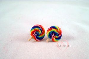 Miniature lollipop earrings by ilikeshiniesfakery